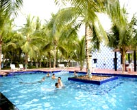 Blue bay beach resort mahabalipuram discount booking reservation for hotel blue bay beach for Kodaikanal cottage with swimming pool